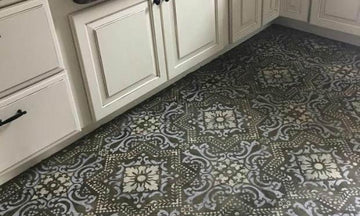 Insanely Gorgeous Kitchens with Tile Floor Stencils