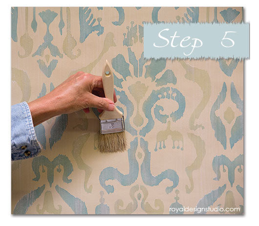 Easy Ikat stencil effect. Full how to post on using the Khanjali Ikat stencil from Royal Design Studio with Chalk Paint® decorative paint