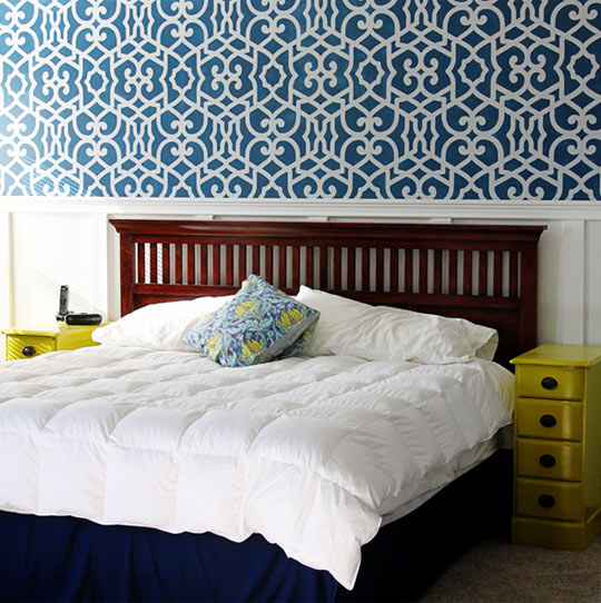 stenciled bedroom accent wall