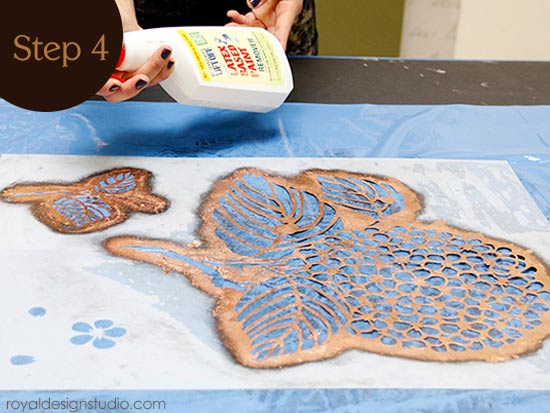 How to clean a stencil after using Royal Stencil Size