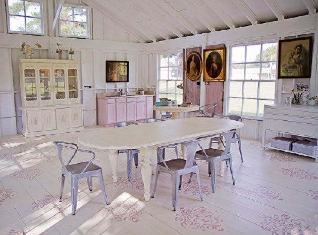 Sweet South Cottage Shop with painted and stenciled wood floor featuring Chalk Paint decorative paint by Annie Sloan and Large Ribbon Damask Stencil by Royal Design Studio.