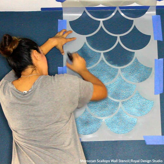 How to Stencil a Metallic Mermaid Fish Scales Wall - DIY Accent Wall Art  for Girls