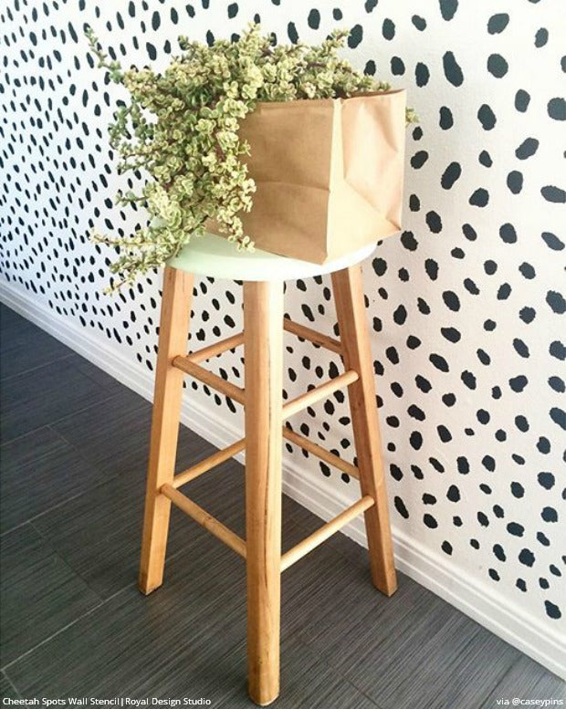 Inspiring Instagram Project Pics of DIY Creative Wall Stencils Projects that You Can Do Yourself!