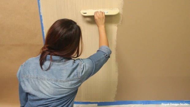 DIY Stencil Tutorial with VIDEO: How to Paint a Linen Fabric Textured Wall Finish using Joint Compound and Wall Stencils