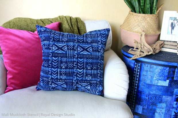 How To Paint Fabric Diy Pillows With Bohemian Stencils