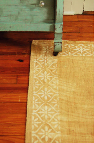 DIY Floor Rug Stencils - Daisy Flower Wall Stencil Border - Royal Design Studio