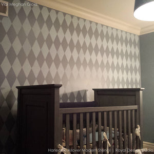 Paint an accent wall with harlequin diamond pattern for chic and modern home decor designs - Royal Design Studio