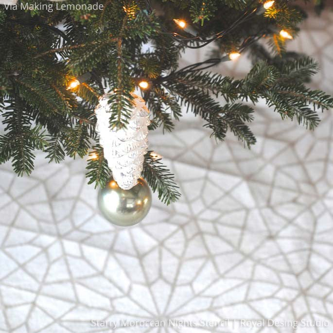 Decorate your DIY gifts with star and snowflake stencils - Royal Design Studio