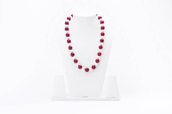 Pearl Necklace with Red Onyx Stone