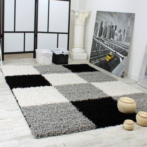 Grey, Black & White Shaggy Chequered Rug