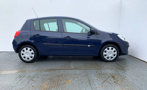 Renault Clio 1.2 16v 75 Authentique Hatchback 5d 1149cc