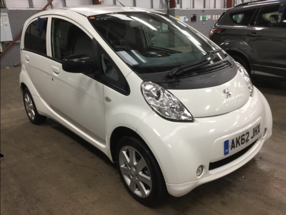 Peugeot ION 0 Electric White 5d 2012