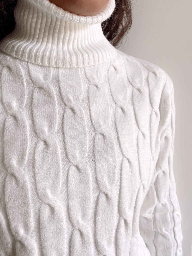 CABLE KNIT JUMPER WITH ROLL NECK Knitwear LE TRÉ
