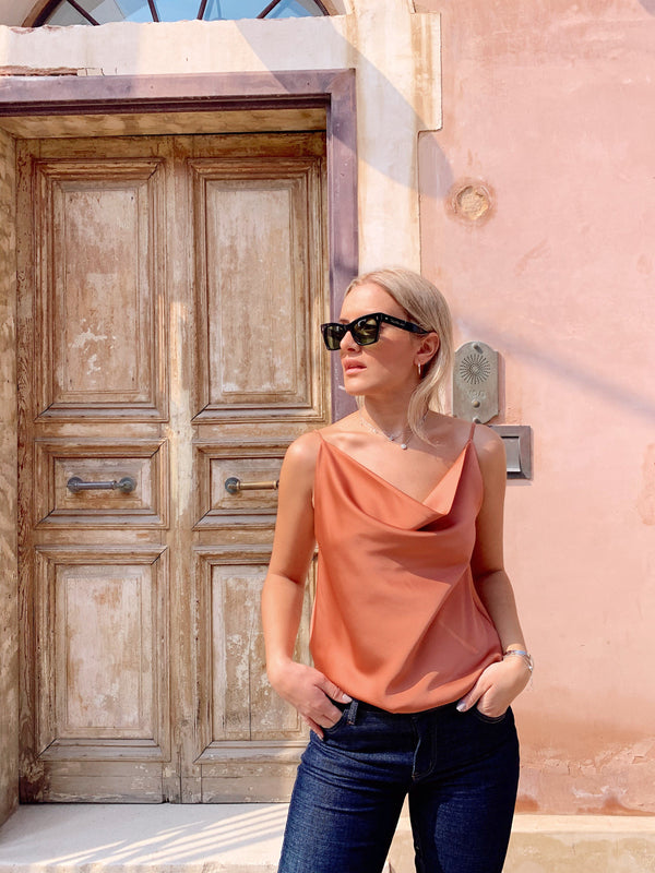CAMI TOP WITH COWL NECK Top LE TRÉ