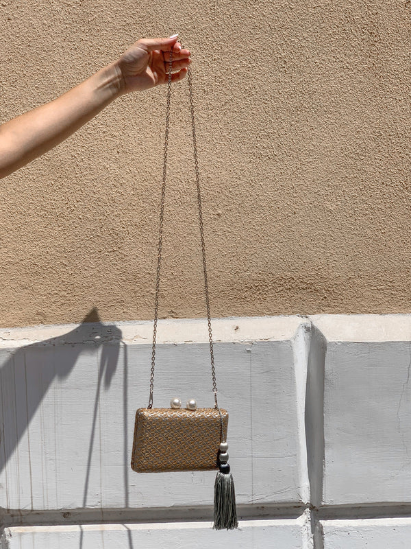 CLUTCH BAG WITH FAUX PEARL CLOSING Accessories LE TRÉ