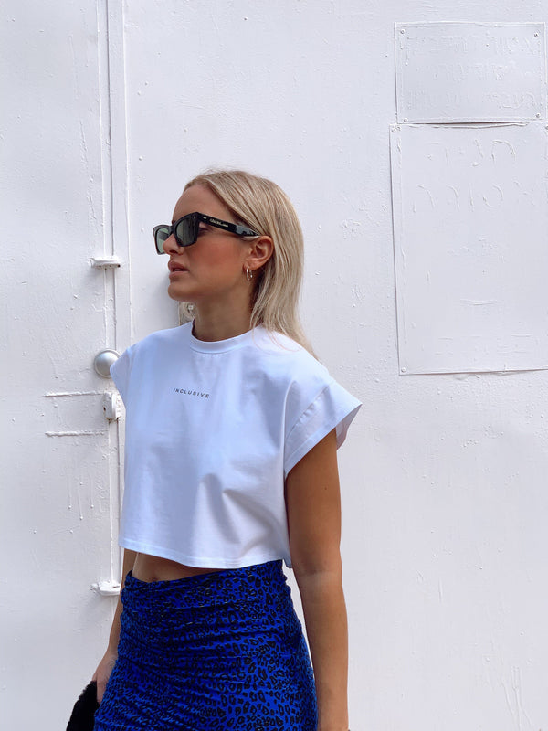 CROPPED T-SHIRT WITH INCLUSIVE - Top - Shop Fashion at LE TRÉ