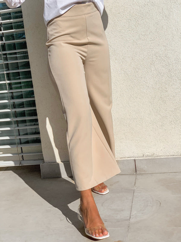 CROPPED WIDE LEG TROUSERS IN LIGHT BEIGE Trousers LE TRÉ
