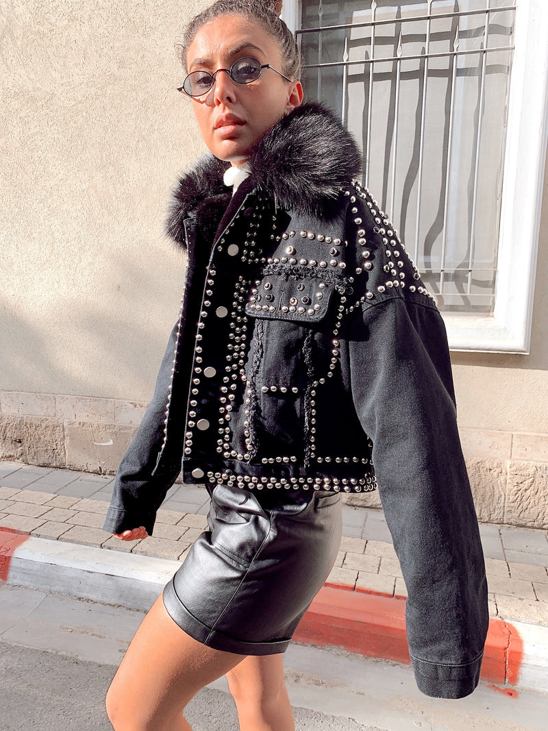 DENIM JACKET WITH STUDDING AND FAUX FUR IN BLACK - Coats & Jackets - Shop Fashion at LE TRÉ