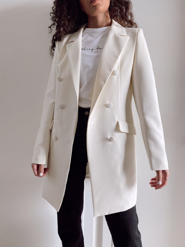 DOUBLE BREASTED BLAZER IN CREAM Coats & Jackets LE TRÉ