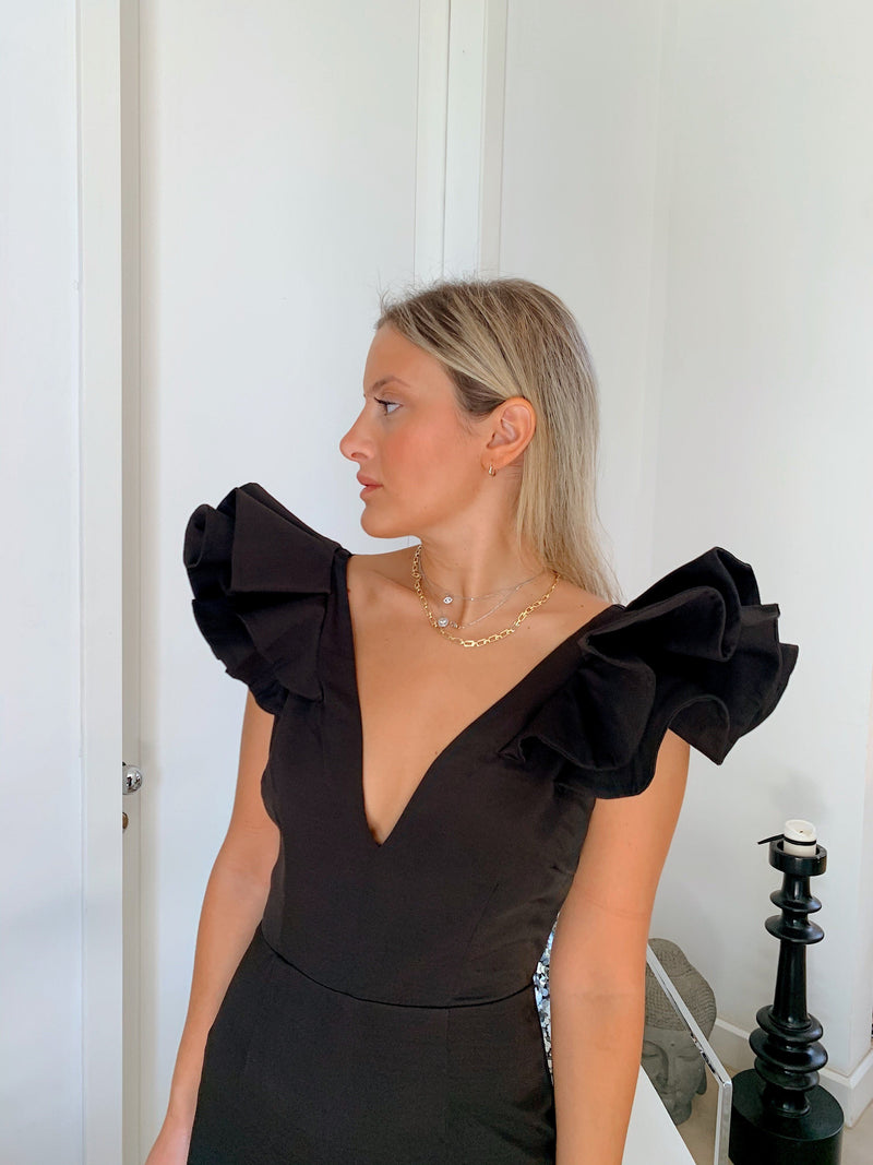 ELEGANCE DRESS WITH FRILL SLEEVES - Dress - Shop Fashion at LE TRÉ