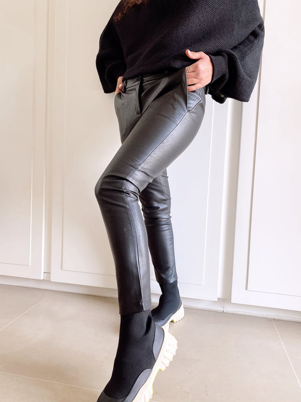 FAUX LEATHER TROUSERS - Trousers - Shop Fashion at LE TRÉ