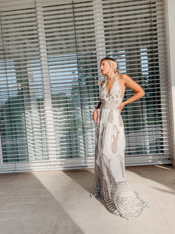 HALTER NECK MAXI DRESS WITH BEAD DETAILS - Dress - Shop Fashion at LE TRÉ