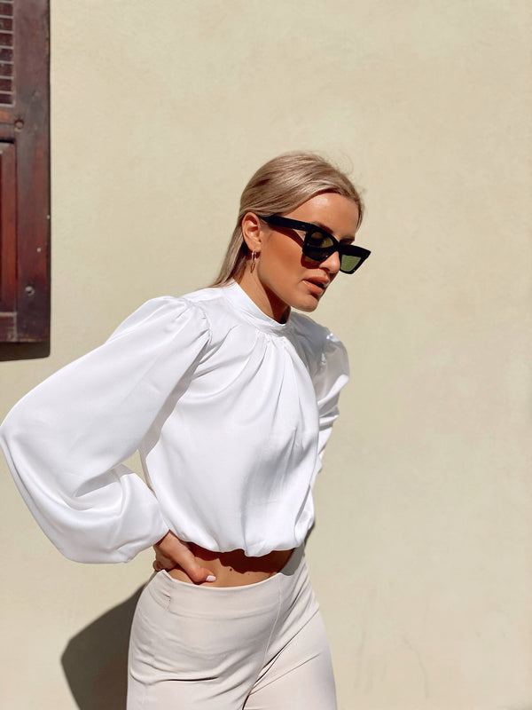 HIGH NECK CROP TOP IN WHITE - LE TRE