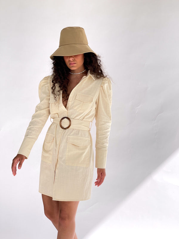 BELTED SHIRT DRESS IN CREAM