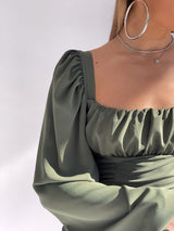 RUCHED BODYCON DRESS WITH BALOON SLEEVE IN GREEN