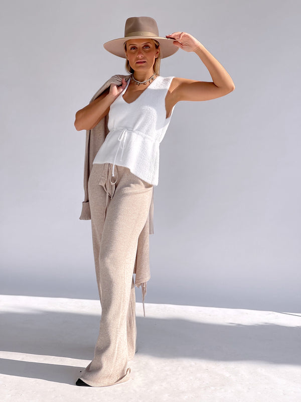RIBBED KNITTED TROUSERS IN BEIGE