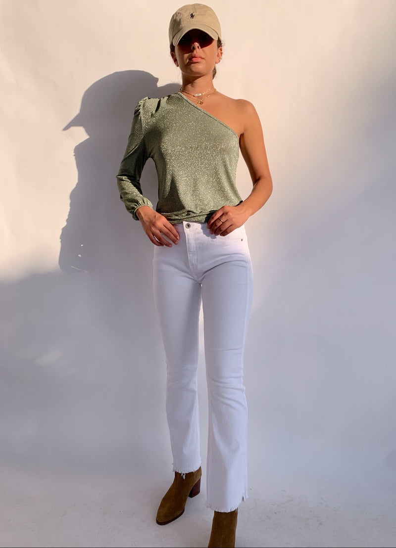 WHITE FLARE JEANS WITH RAW HEM