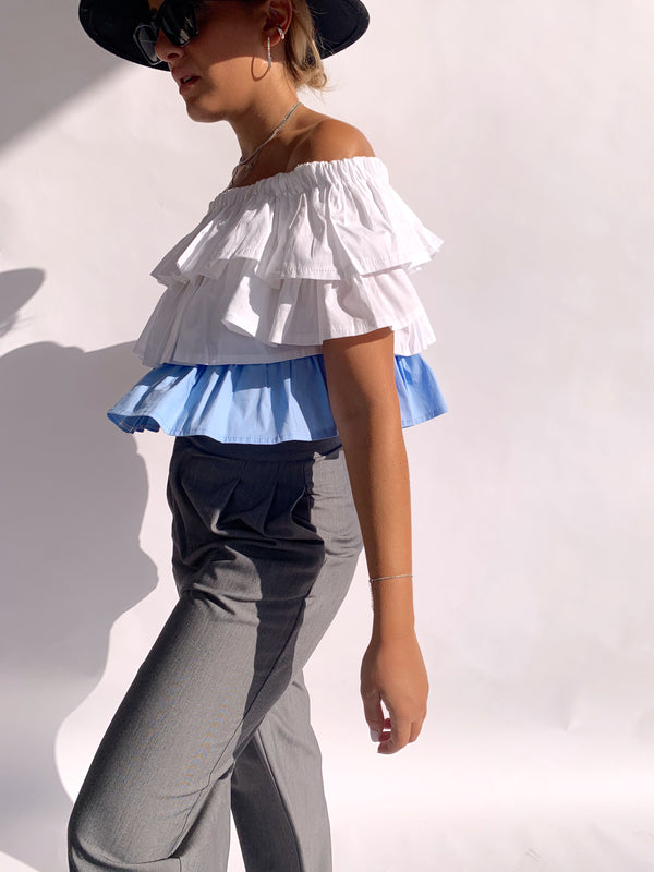 OFF SHOULDER CROP TOP WITH FRILLS DETAIL