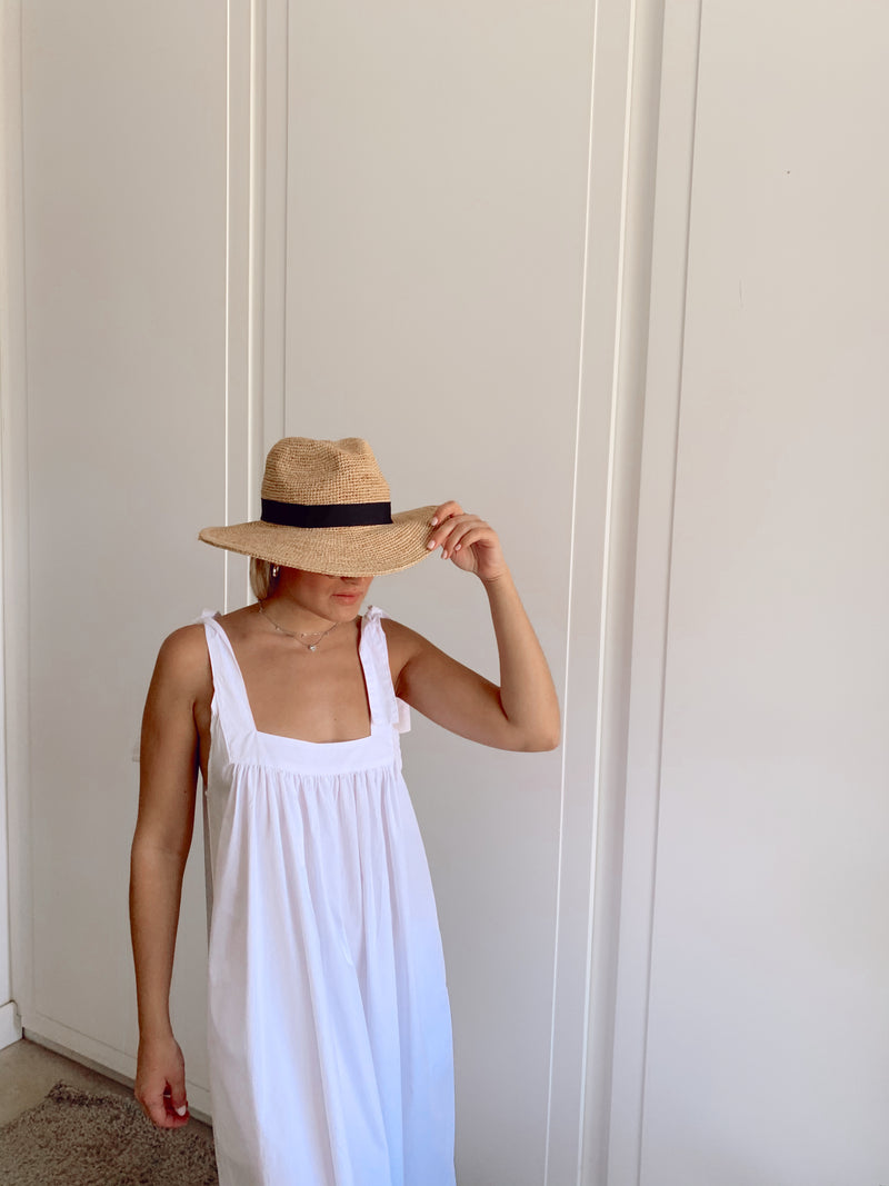 TIE SLEEVE CAMI DRESS IN WHITE - Dress - Shop Fashion at LE TRÉ