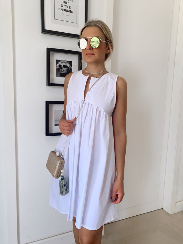 SLEEVELESS SUNDRESS IN WHITE - Dress - Shop Fashion at LE TRÉ
