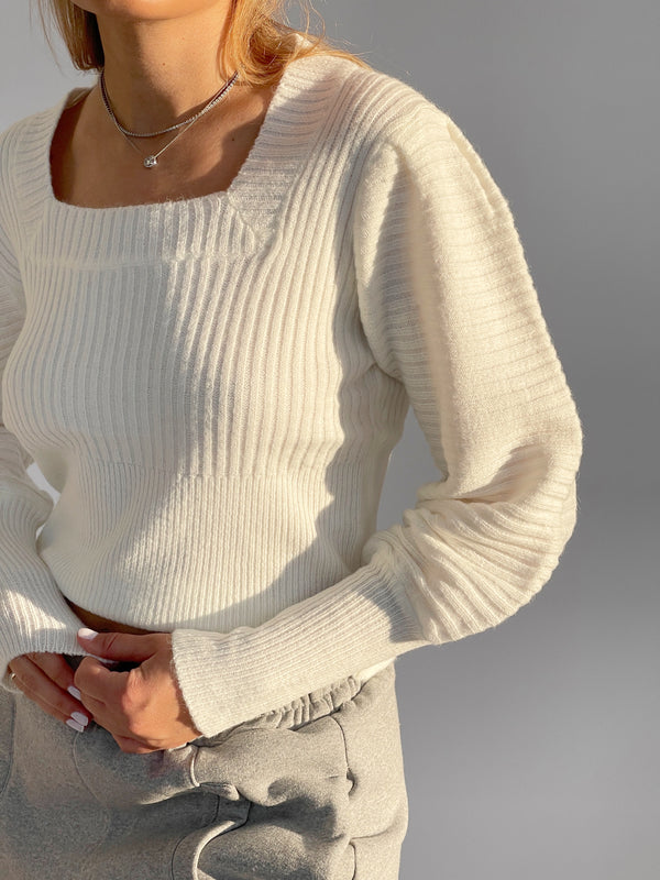 SQUARE NECK JUMPER WITH BALOON SLEEVES