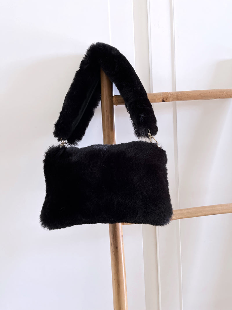 FAUX FUR BAG IN BLACK