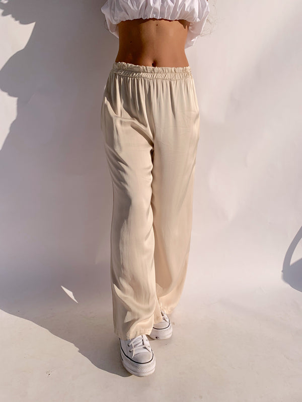 SATIN WIDE LEG TROUSERS IN CREAM