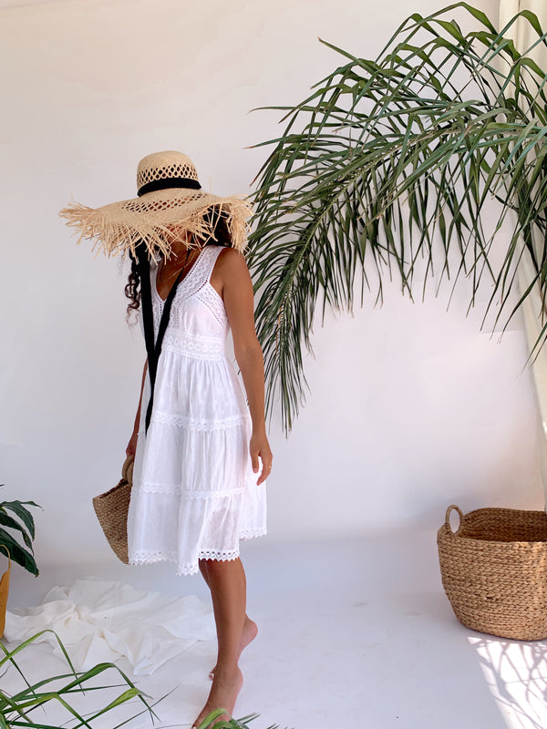 WHITE MIDI SUNDRESS