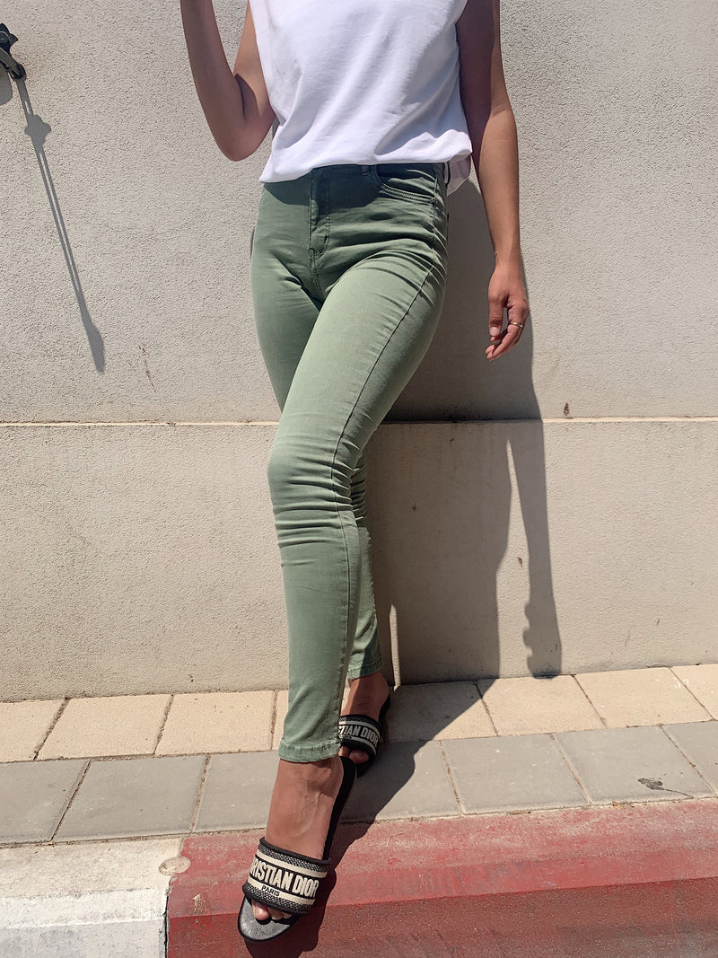 HIGH WAISTED SKINNY JEANS IN GREEN - Jeans - Shop Fashion at LE TRÉ