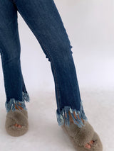 JEANS WITH FRAY HEM