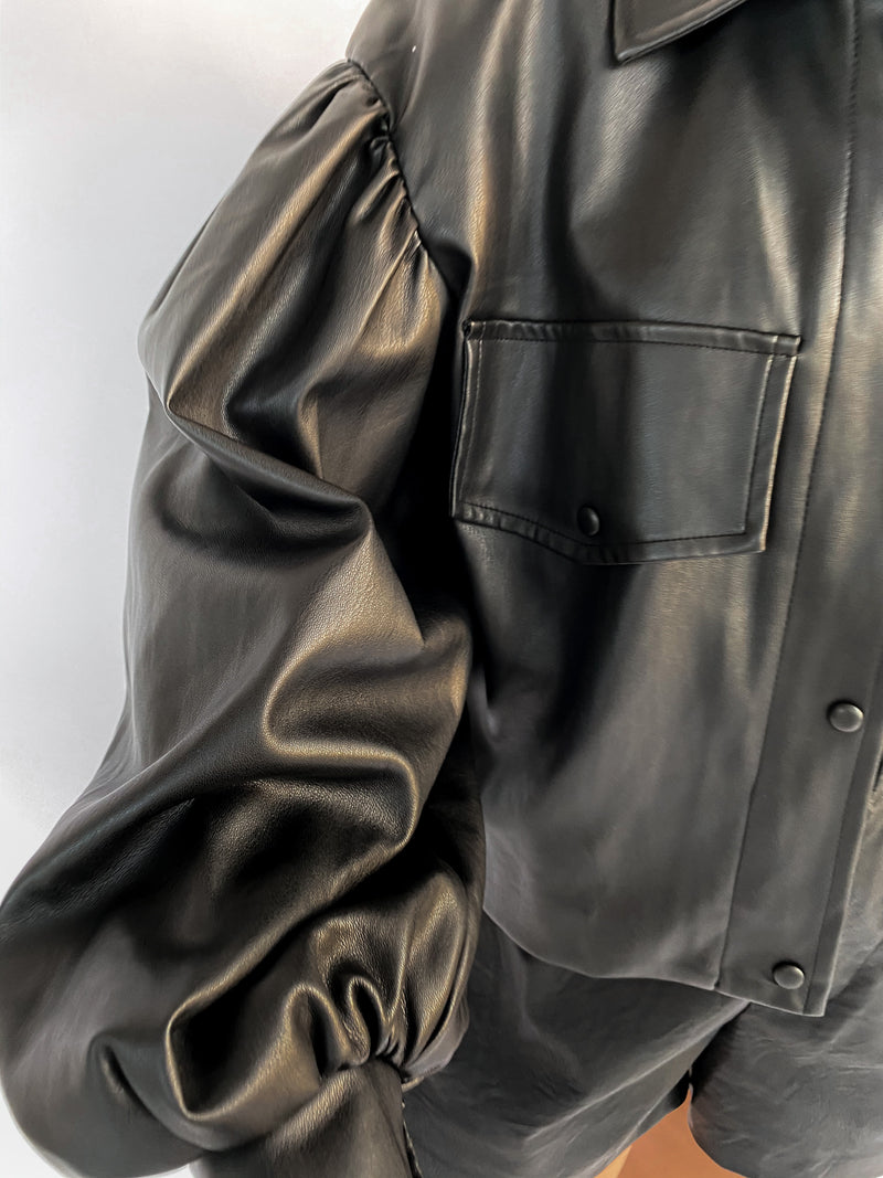 FAUX LEATHER JACKET IN BLACK