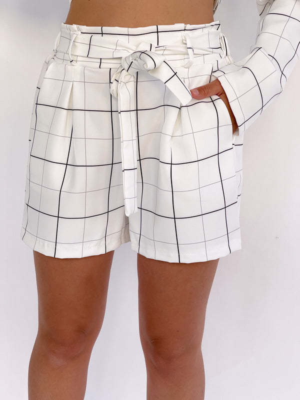 DOUBLE BREASTED BLAZER WITH MATCHING SHORTS IN GRID CHECK