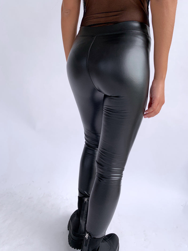 FAUX LEATHER TROUSERS IN BLACK