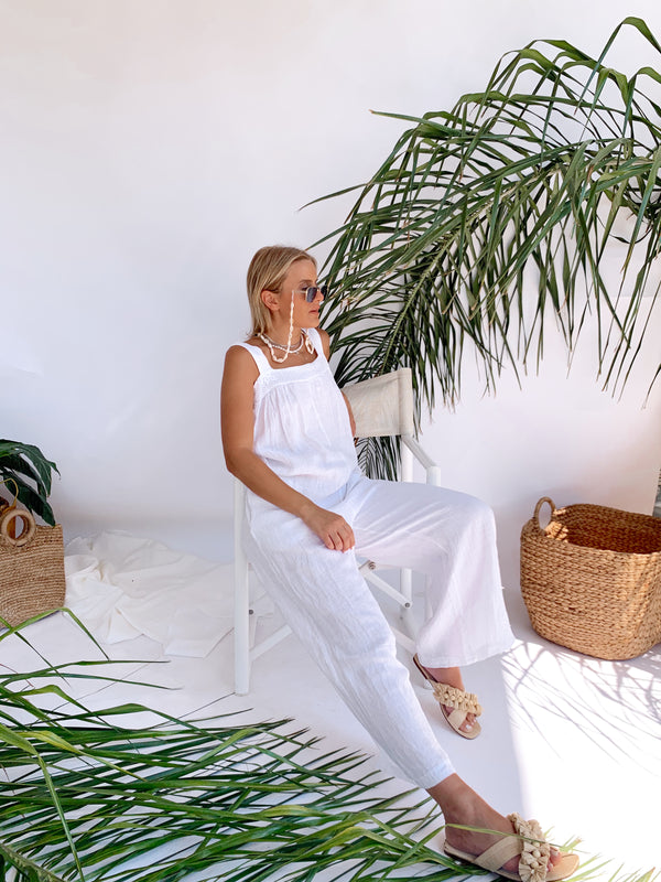 BEACH JUMPSUIT IN WHITE LINEN