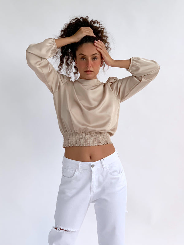 SHIRRED DETAIL CROP TOP IN BEIGE