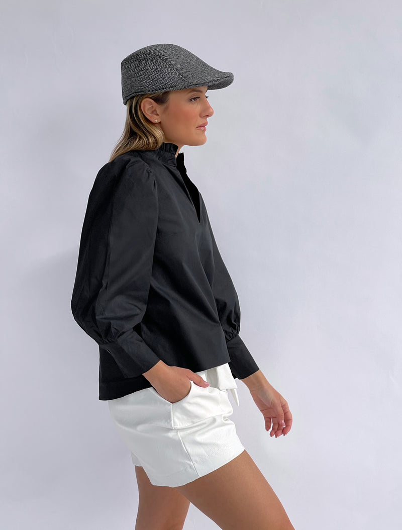 COTTON TOP WITH HIGH NECK IN BLACK