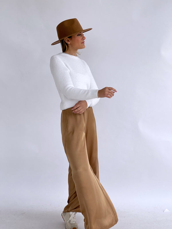 WIDE LEG SATIN TROUSER IN CAMEL
