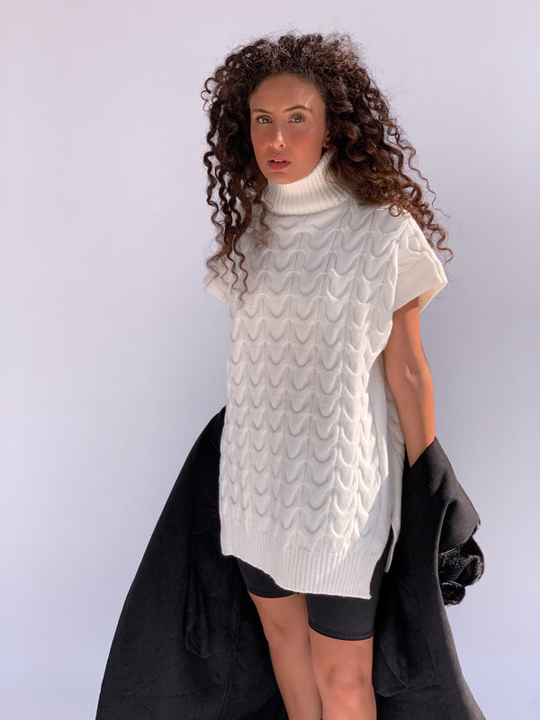 OVERSIZED ROLL NECK KNITTED VEST