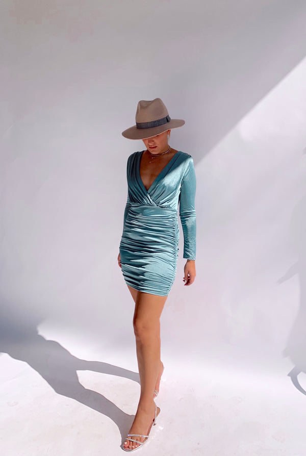 RUCHED LONG SLEEVE DRESS IN AQUA