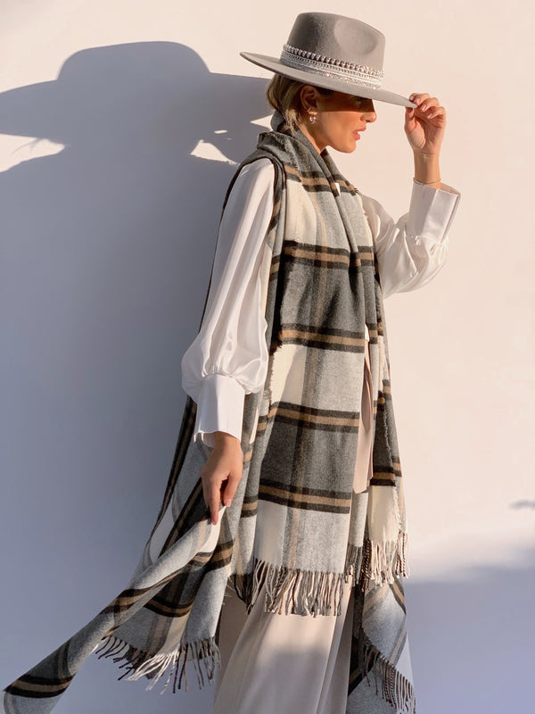 LONGLINE CAPE IN CHECKED